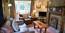 lower-mill-2-cotswolds-broadway-sitting-room-1_1920x1080.jpg