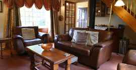 lower-mill-2-cotswolds-broadway-sitting-room-4_1920x1080.jpg